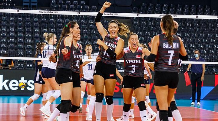 Türkiye A Milli Kadın Voleybol Takımı, Avrupa Şampiyonası'nda 4'te 4 yaptı!